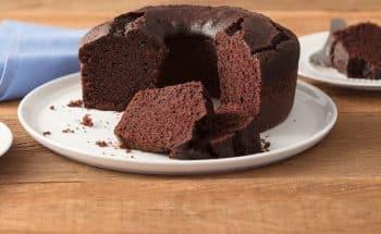 Bolo de chocolate rápido e fácil