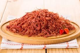 Carne seca desfiada com 4 ingredientes