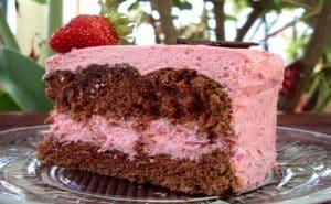 creme de morango para bolo