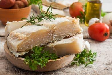 Aprenda a dessalgar bacalhau