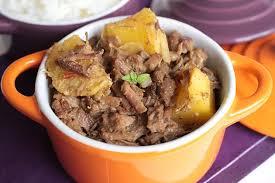 carne com mandioca