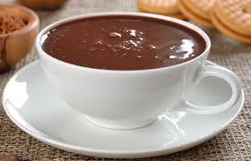O melhor chocolate quente com 5 ingredientes