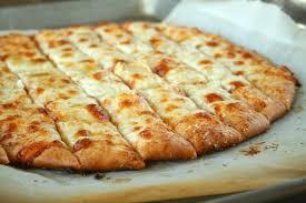 Massa de pizza em 8 minutos - Rápida e saborosa