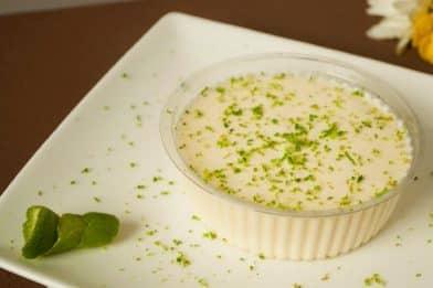 Mousse de limão com gelatina