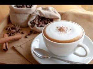 Café cremoso no liquidificador