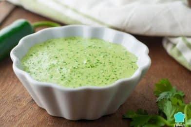 Molho verde para lanche cremoso
