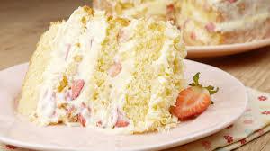 Receita de bolo de leite ninho com morango