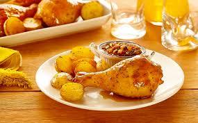 Receita de coxa e sobrecoxa assada com batatas