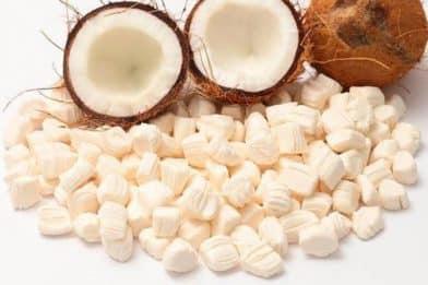 Bala de coco gelada delicioso