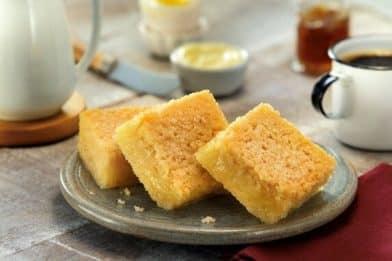 Delicioso e prático bolo de milho