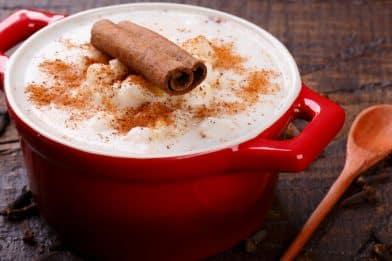 Canjica branca fácil, prática e deliciosa