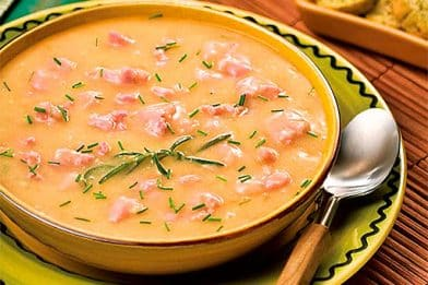 Deliciosa receita de caldo de mandioca
